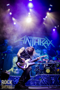 Anthrax, Hovet